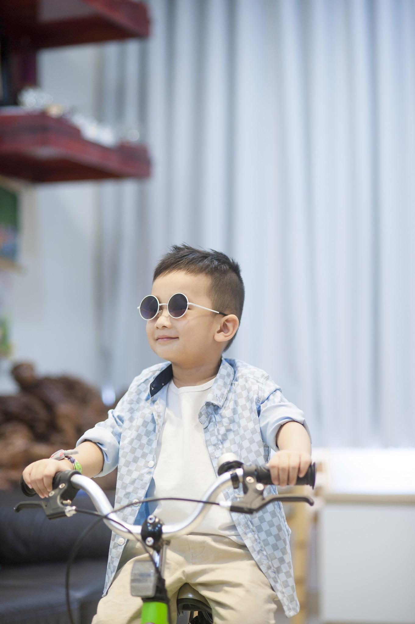 66 - Ảnh chụp bé Jindo 4 tuổi - KDL Bình quới 3 Tp.HCM