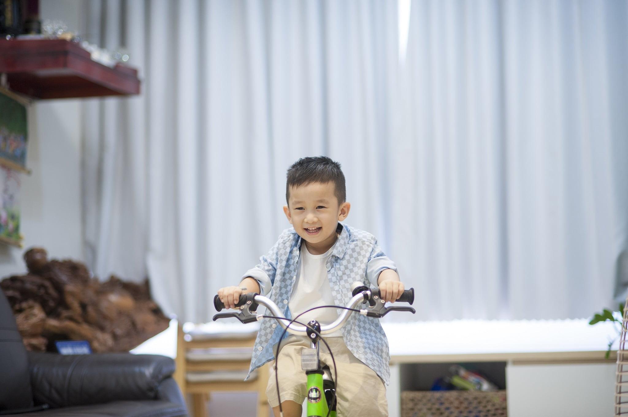 67 - Ảnh chụp bé Jindo 4 tuổi - KDL Bình quới 3 Tp.HCM