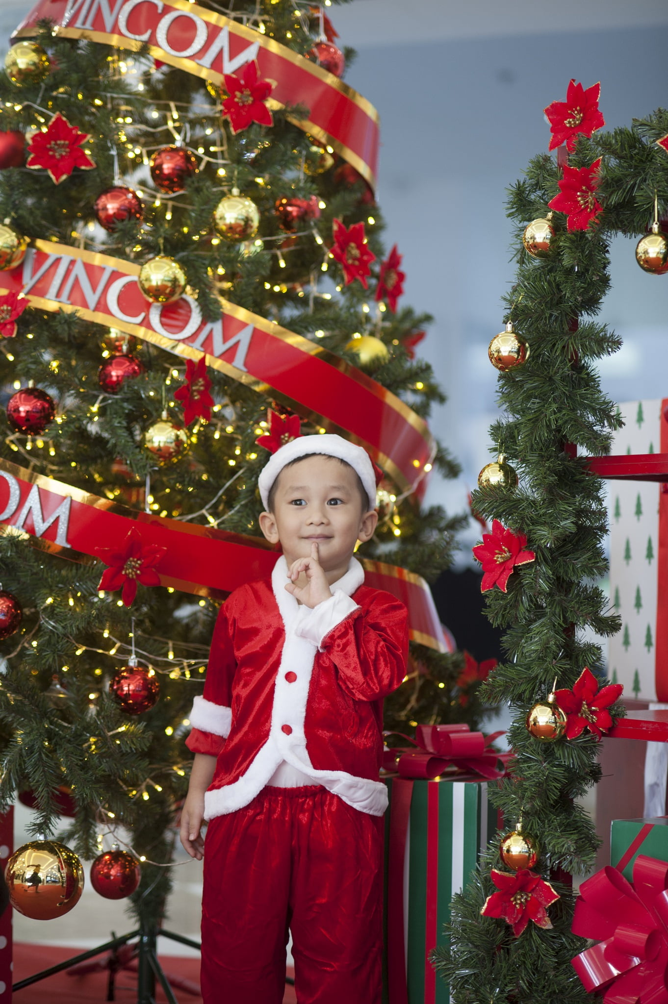 74 - Ảnh chụp bé Jindo 4 tuổi - KDL Bình quới 3 Tp.HCM