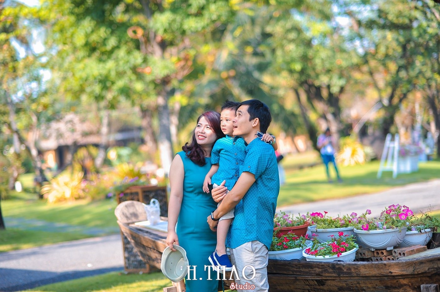 Anh gia dinh 3 nguoi 10 - Khu du lịch Bình Quới 3- Ảnh chụp gia đình anh chị Phương Thúy