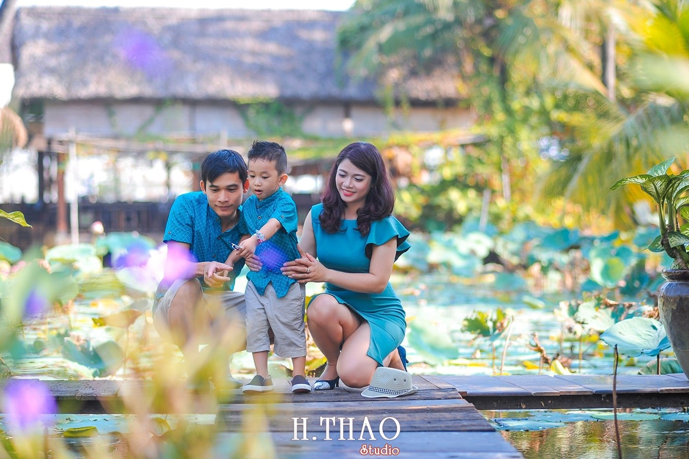 Anh gia dinh 3 nguoi 7 - Khu du lịch Bình Quới 3- Ảnh chụp gia đình anh chị Phương Thúy