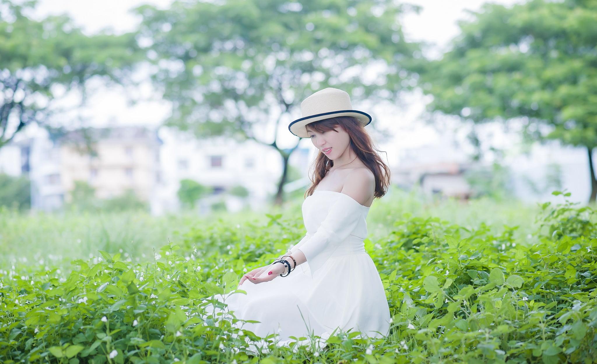 FB be dinh2 - Ảnh chụp với cỏ lau Đảo Kim Cương, Quận 2