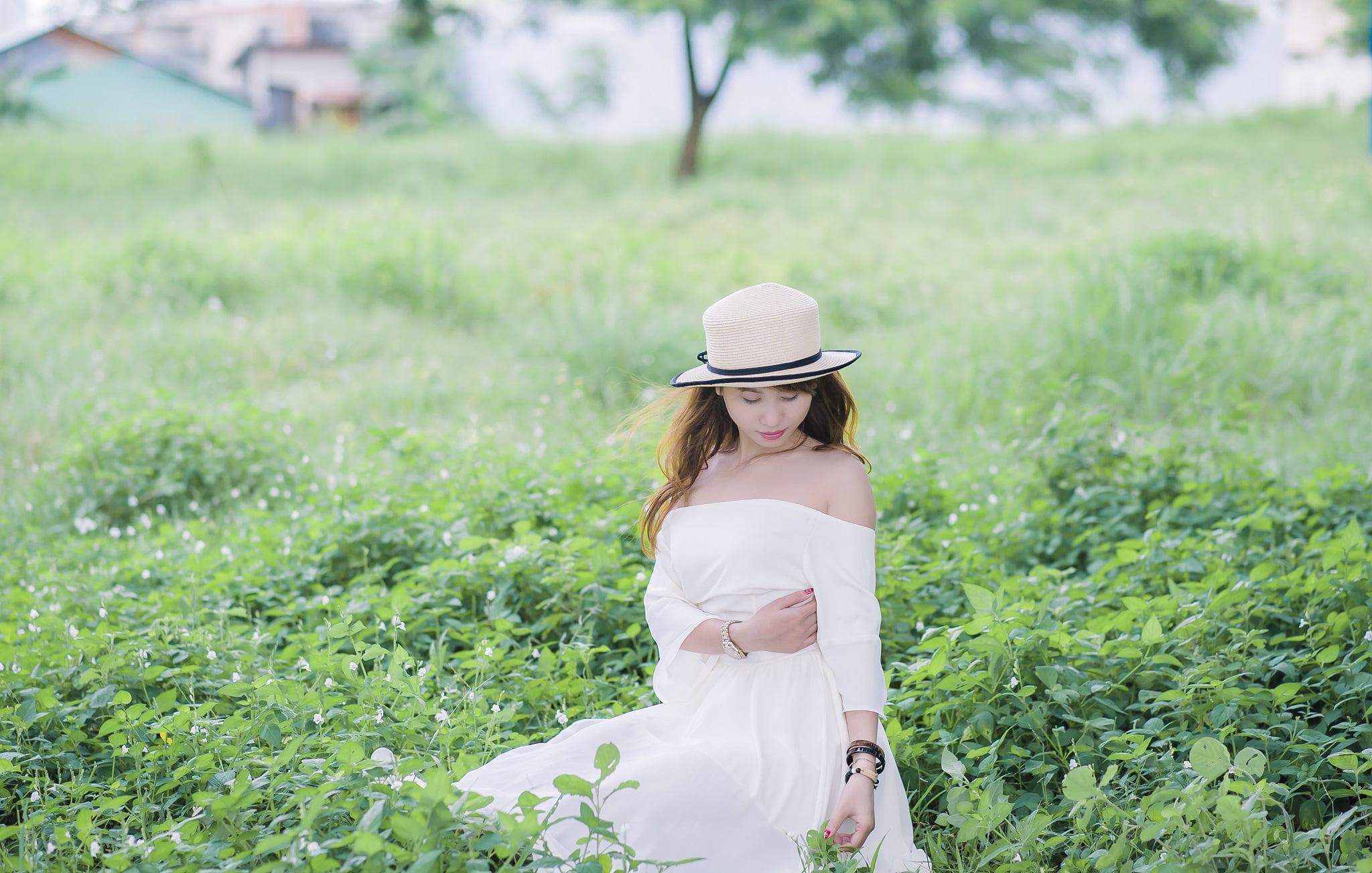 FB be dinh3 - Ảnh chụp với cỏ lau Đảo Kim Cương, Quận 2