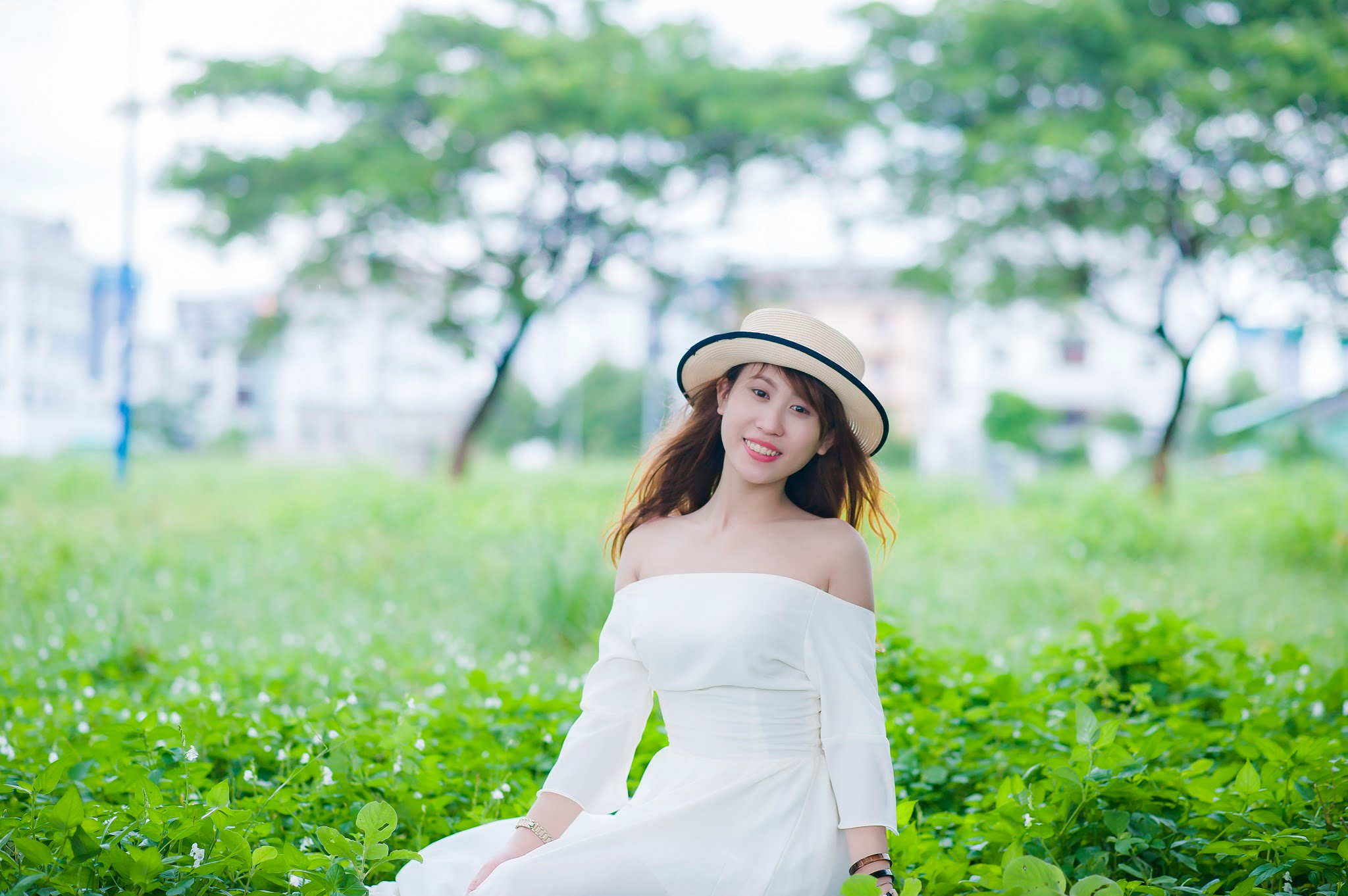 FB be dinh4 - Ảnh chụp với cỏ lau Đảo Kim Cương, Quận 2