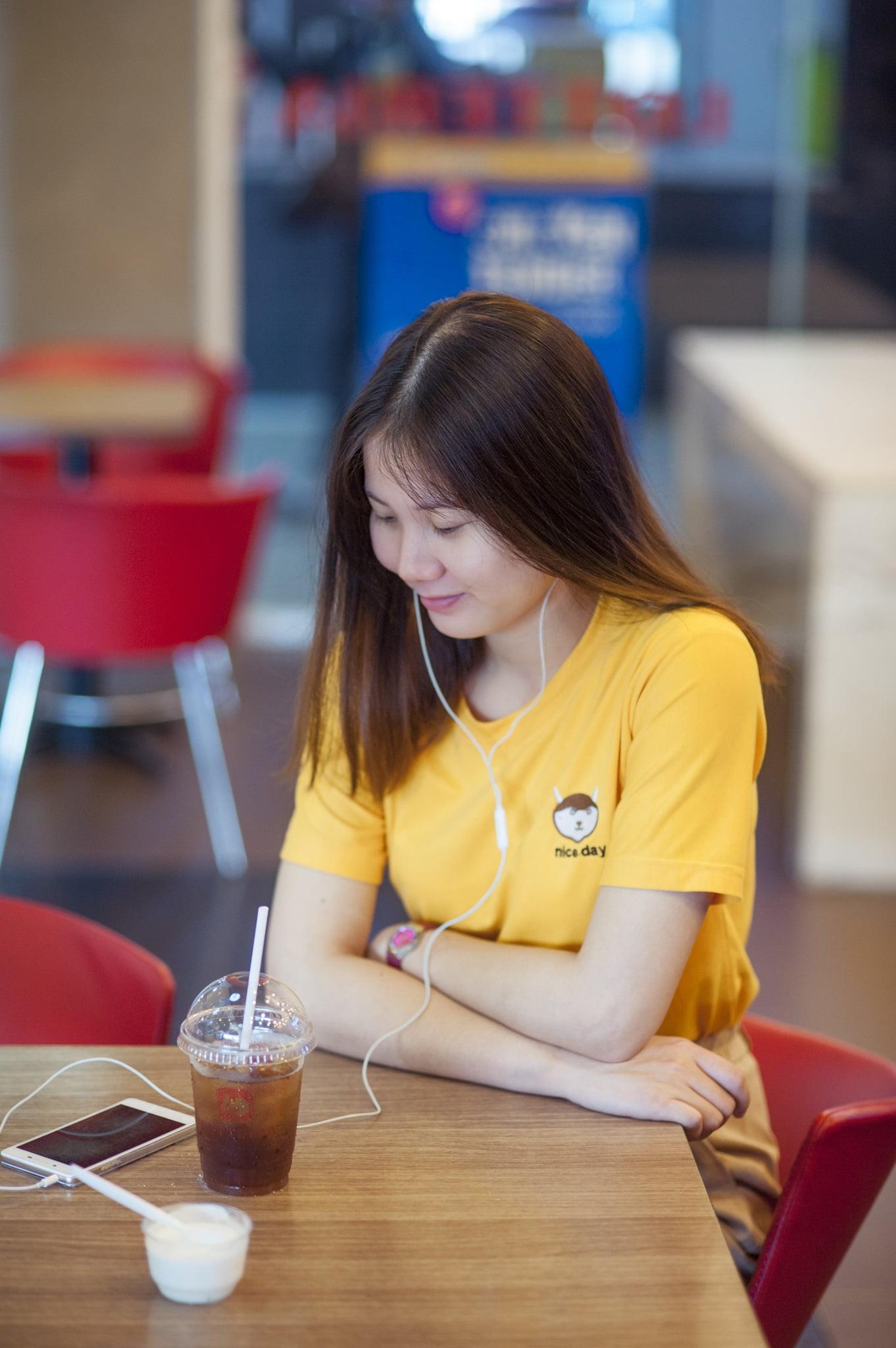 Vui 2 - Một góc quán quen, Cafe bến xe miền đông - Vui Đoàn
