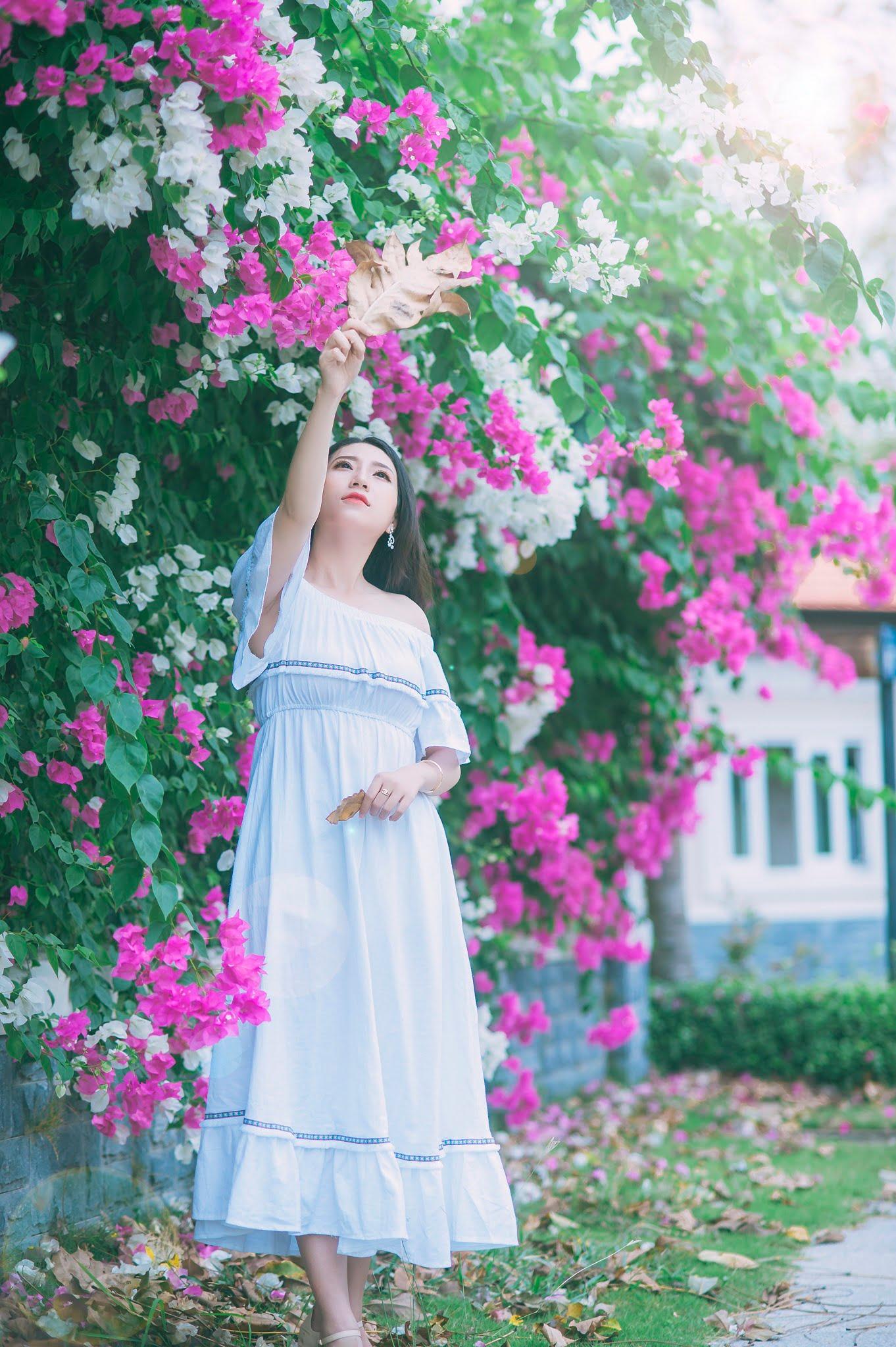 anh chup hoa giay 10 - Ảnh chụp với hoa giấy quận 2 - Huỳnh Như