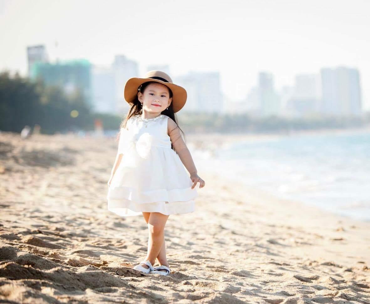 Thoi trang con nit 7 - Gợi ý thời trang kiểu tây cho bé