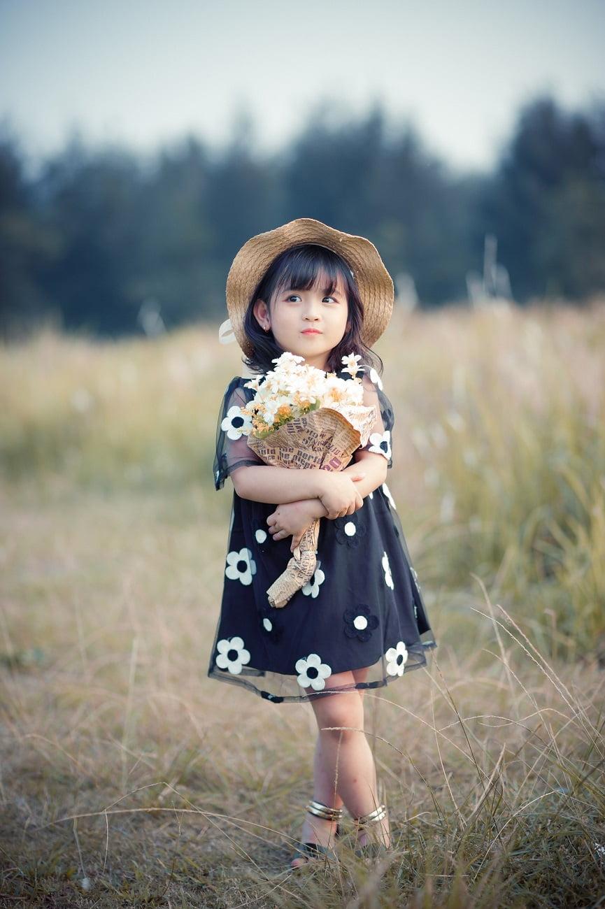 VHD 2009 - [Br-Art] Tiểu công chúa trên cánh đồng chiều