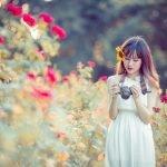 [Br-Art] Cô bé bên vườn hoa hồng nhỏ