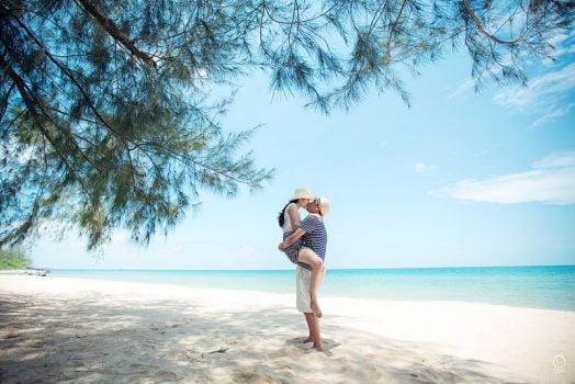anh cuoi ngoai canh 1 524x350 - Top 4 phong cách chụp ảnh cưới hot nhất hiện nay