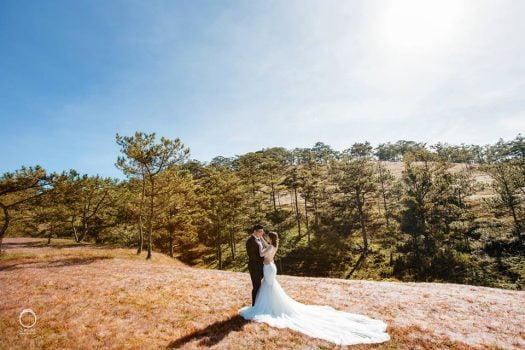 anh cuoi ngoai canh 2 525x350 - Top 4 phong cách chụp ảnh cưới hot nhất hiện nay