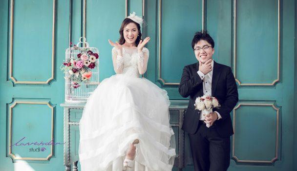 anh cuoi phim truong 1 608x350 - Top 4 phong cách chụp ảnh cưới hot nhất hiện nay
