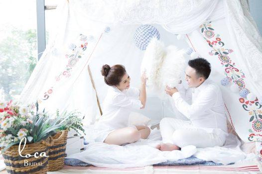 anh cuoi phim truong 7 526x350 - Top 4 phong cách chụp ảnh cưới hot nhất hiện nay
