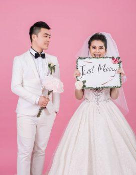 anh cuoi studio 6 271x350 - Top 4 phong cách chụp ảnh cưới hot nhất hiện nay