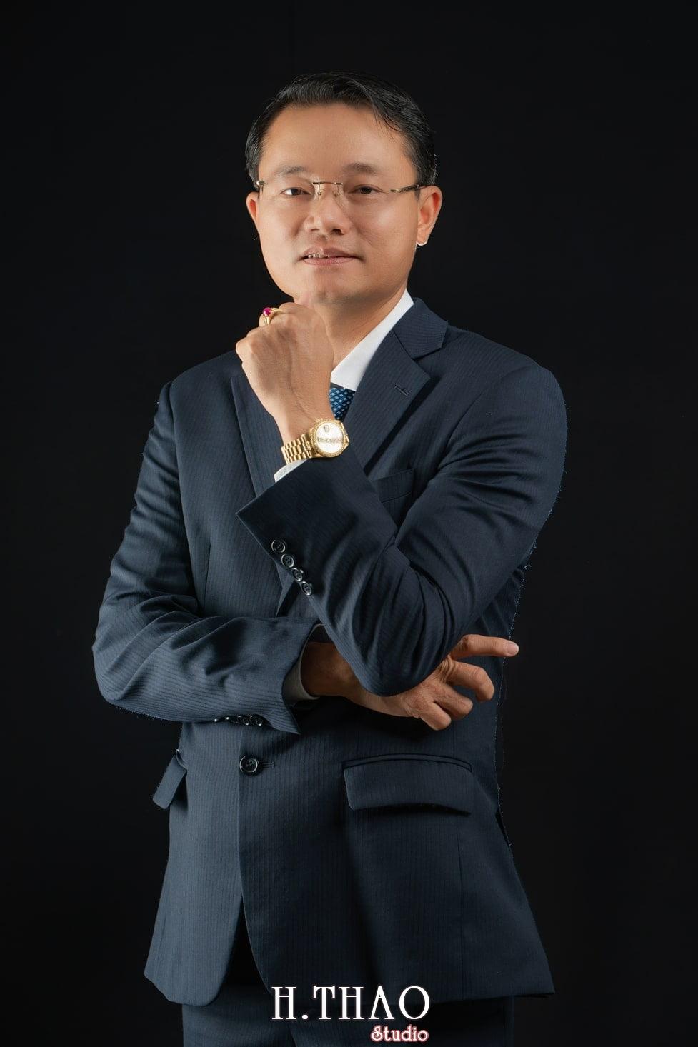 Anh Doanh Nhan 2 - Studio chuyên chụp ảnh profile công ty tại Tp.HCM – HThao Studio
