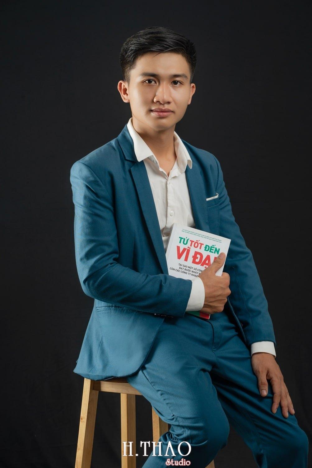 Anh Doanh Nhan 34 - Studio chuyên chụp ảnh profile công ty tại Tp.HCM – HThao Studio