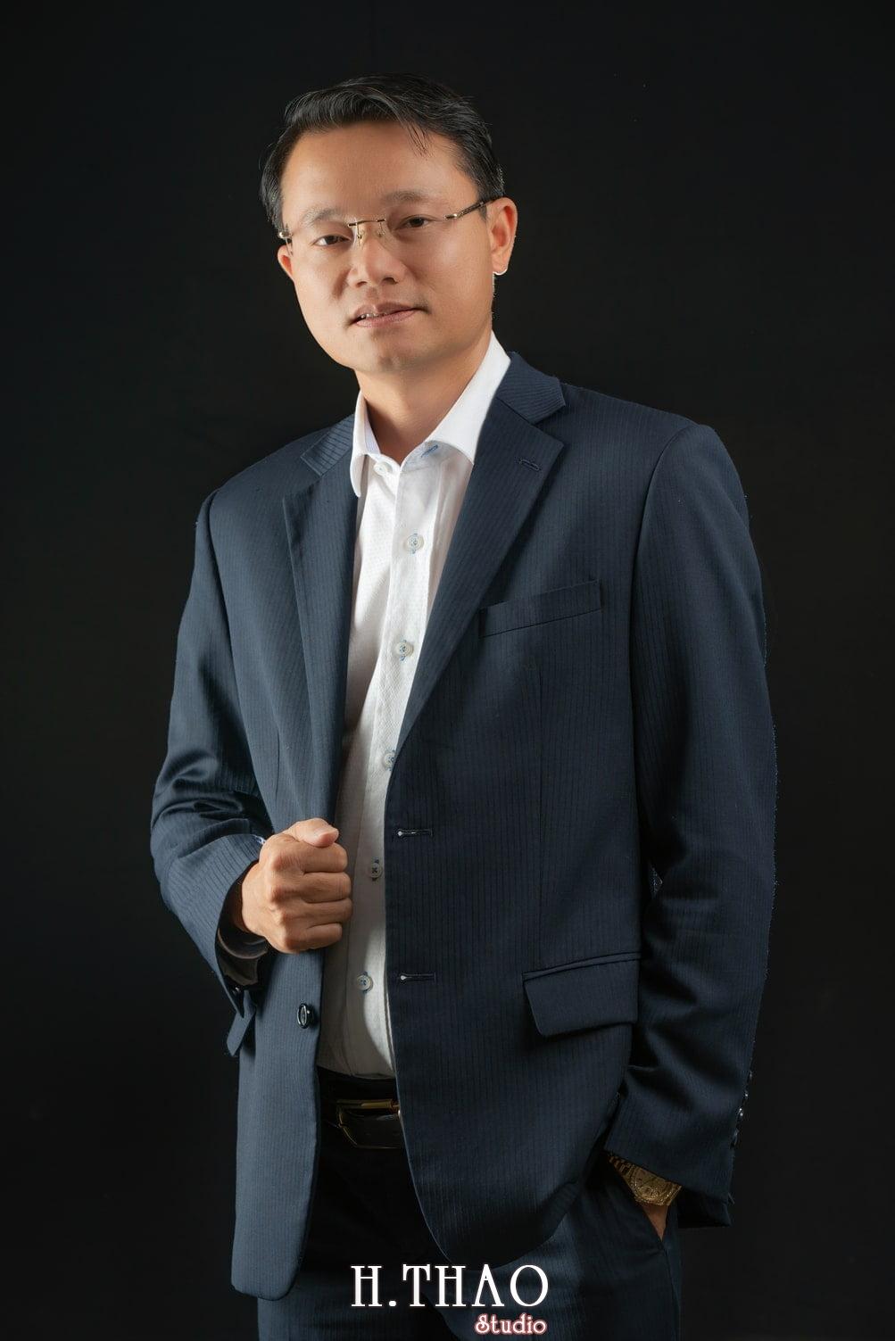 Anh Doanh Nhan 7 - Studio chuyên chụp ảnh profile công ty tại Tp.HCM – HThao Studio