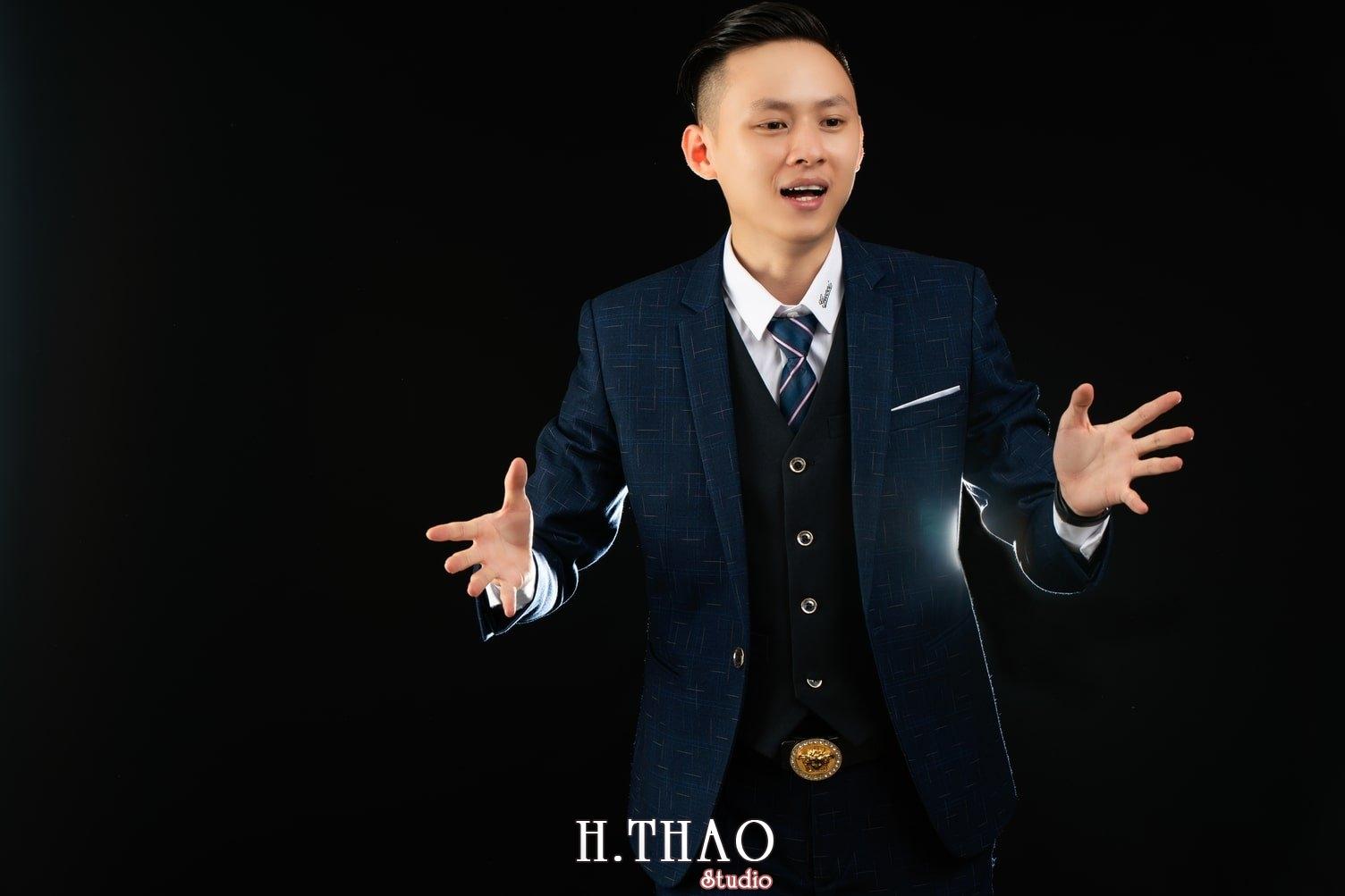 Anh Doanh nhan 1 1 - Tổng hợp album ảnh profile bác sĩ, luật sư, tài chính – HThao Studio
