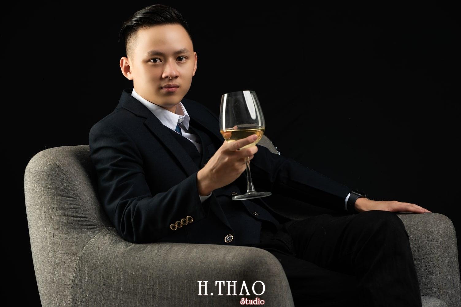 Anh Doanh nhan 3 1 - Tổng hợp album ảnh profile bác sĩ, luật sư, tài chính – HThao Studio