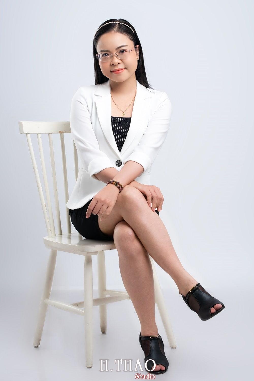 Anh Doanh nhan 4 1 - Góc ảnh doanh nhân, MC Khánh Vy đẹp năng động – HThao Studio