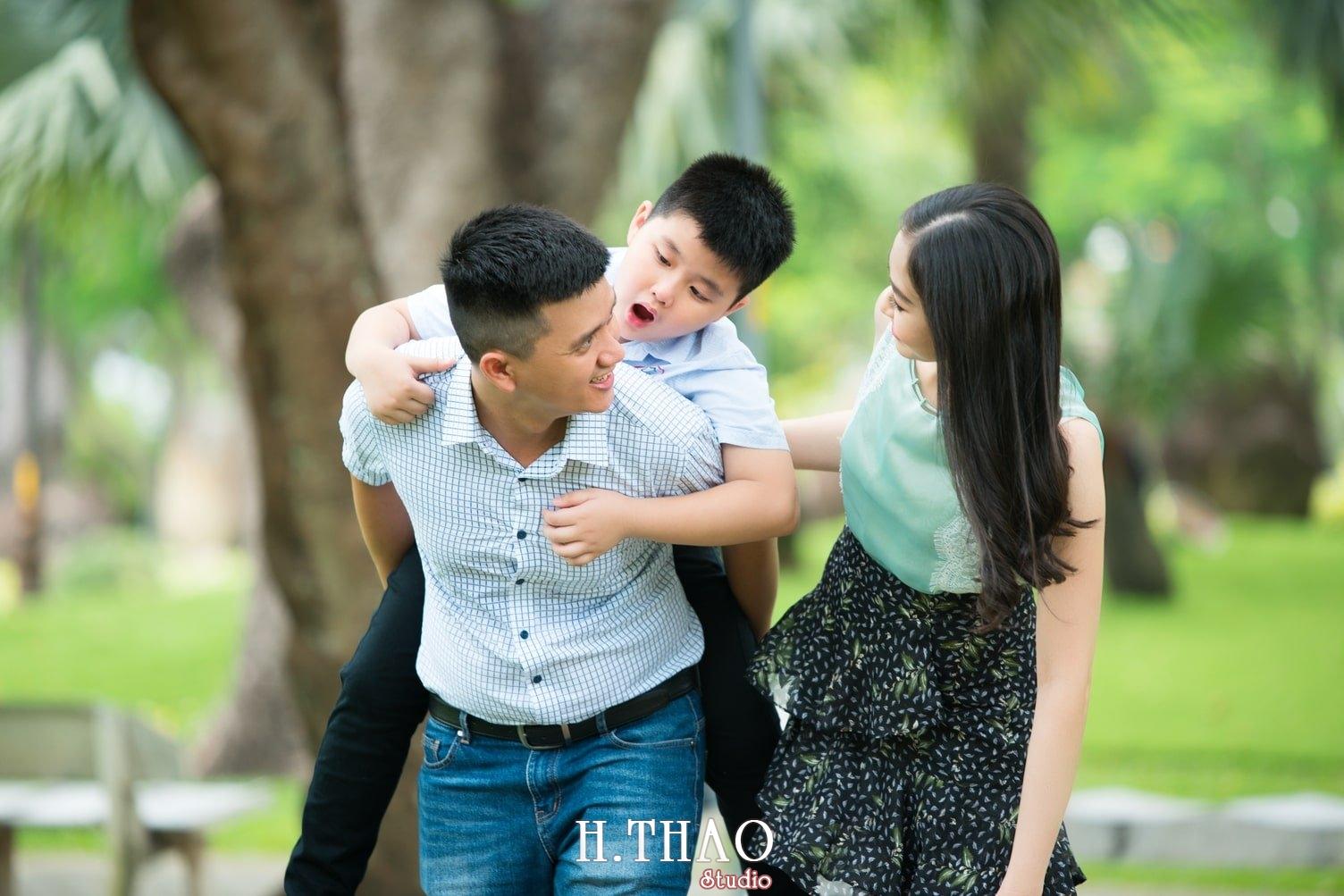 Anh Gia dinh 3 nguoi 19 - Báo giá chụp hình gia đình