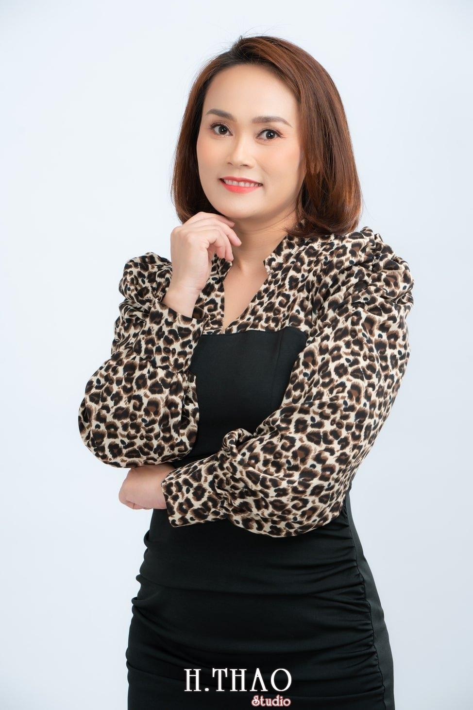 Anh Profile 12 - Album ảnh doanh nhân nữ: chị Kim đẹp nhẹ nhàng - HThao Studio