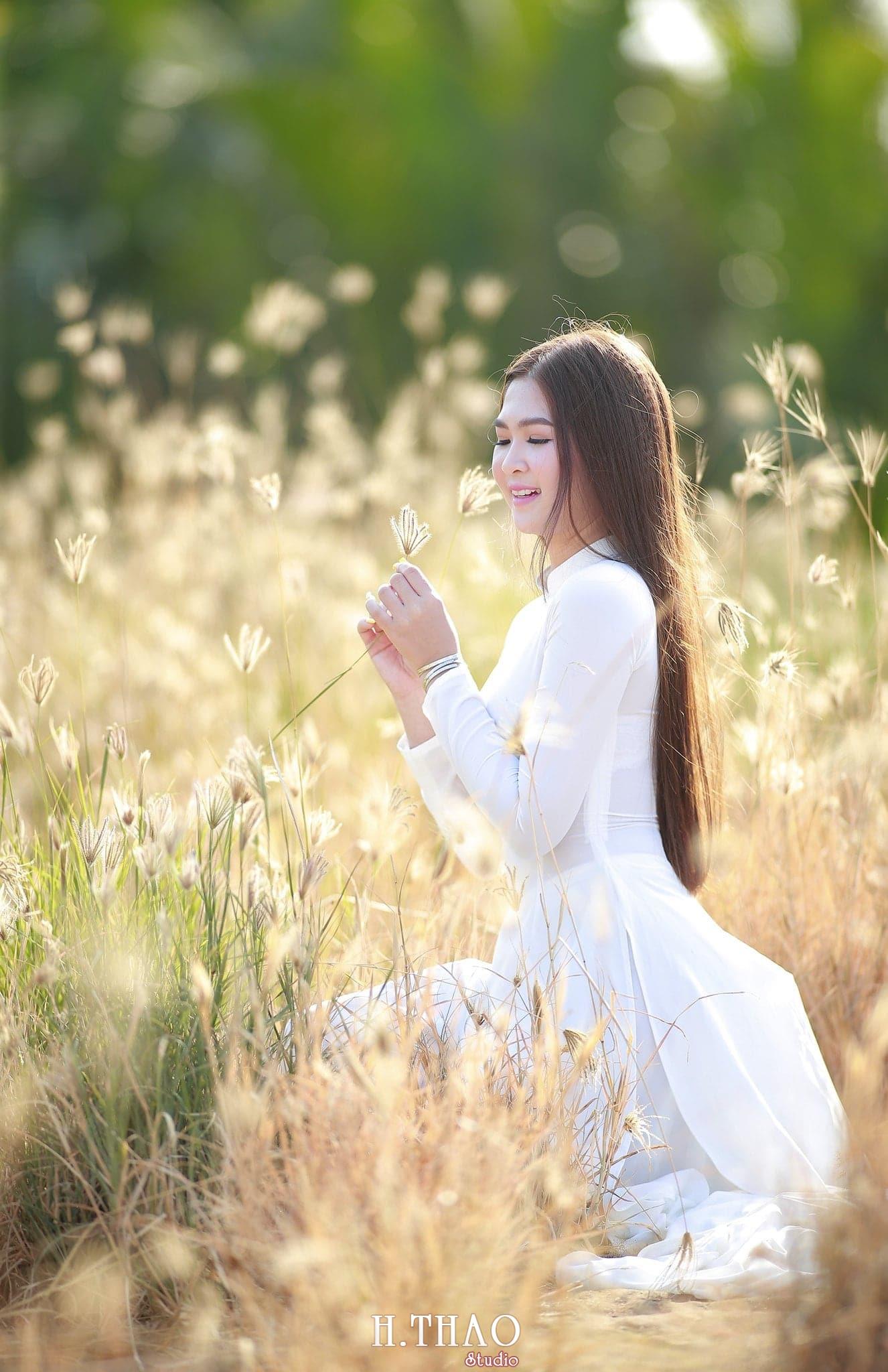 Anh ao dai viet nam 5 - 49 cách tạo dáng chụp ảnh với áo dài tuyệt đẹp - HThao Studio