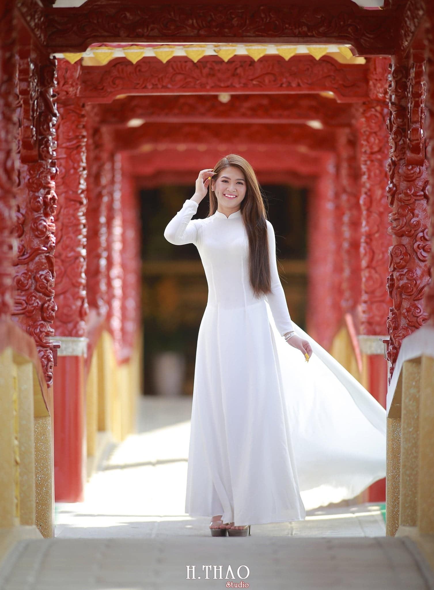 Anh ao dai viet nam 6 - 49 cách tạo dáng chụp ảnh với áo dài tuyệt đẹp - HThao Studio
