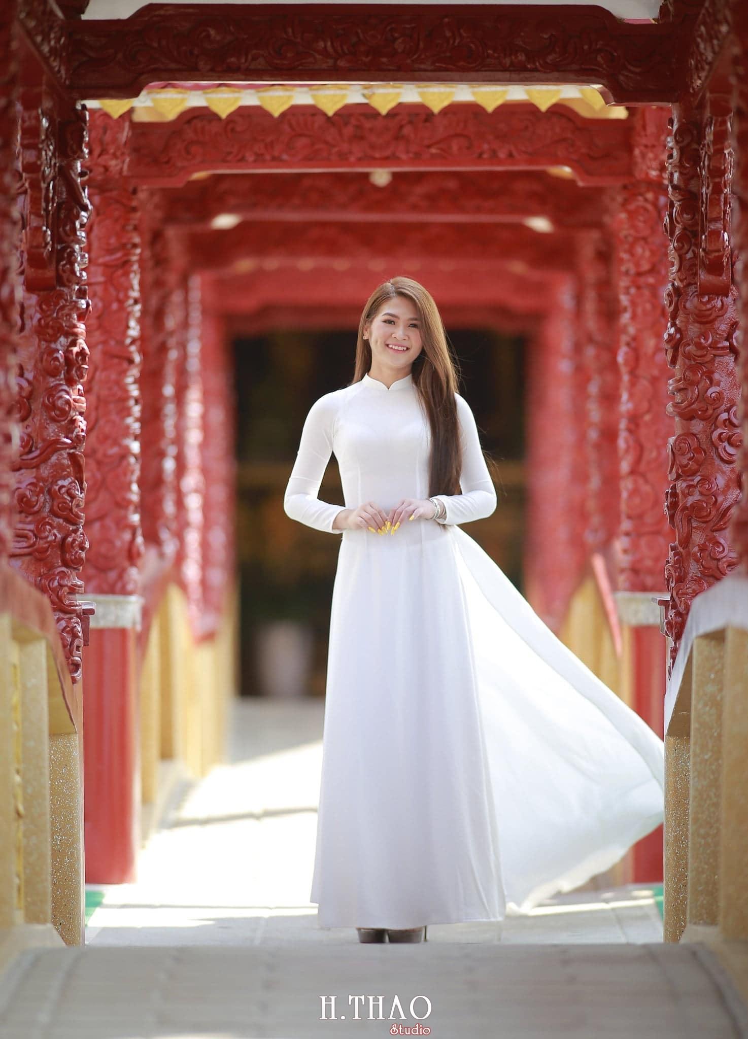 Anh ao dai viet nam 8 - 49 cách tạo dáng chụp ảnh với áo dài tuyệt đẹp - HThao Studio