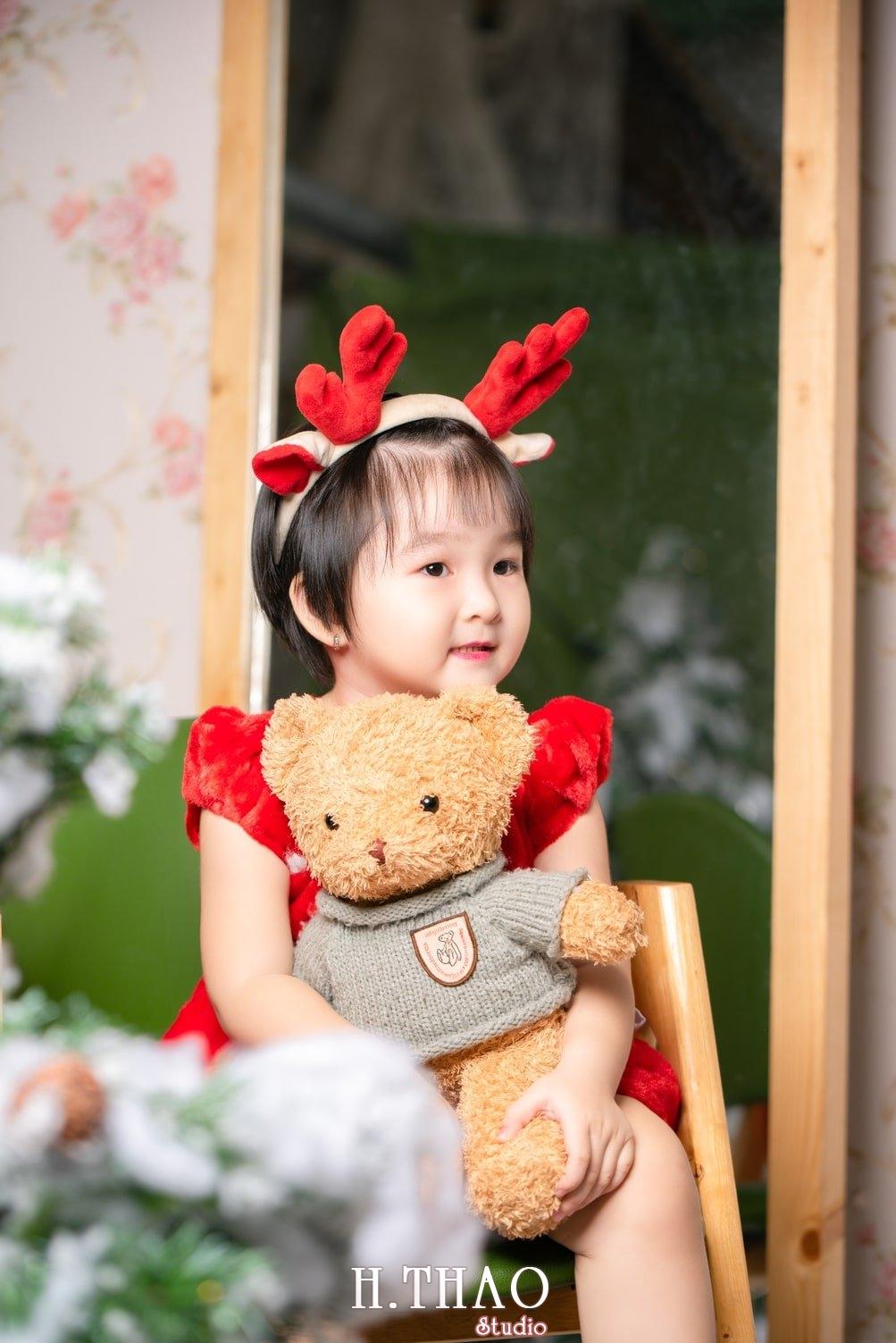Anh be noel 13 - Album ảnh noel chụp cho con gái cưng chị Linh - HThao Studio