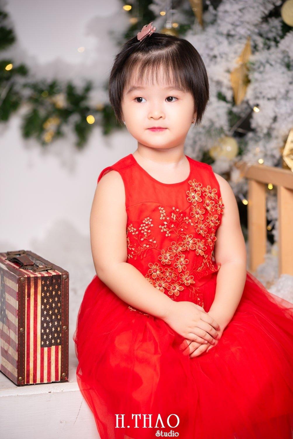 Anh be noel 24 - Album ảnh noel chụp cho con gái cưng chị Linh - HThao Studio