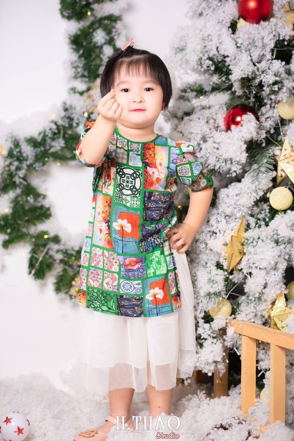 Anh be noel 25 - Album ảnh noel chụp cho con gái cưng chị Linh - HThao Studio