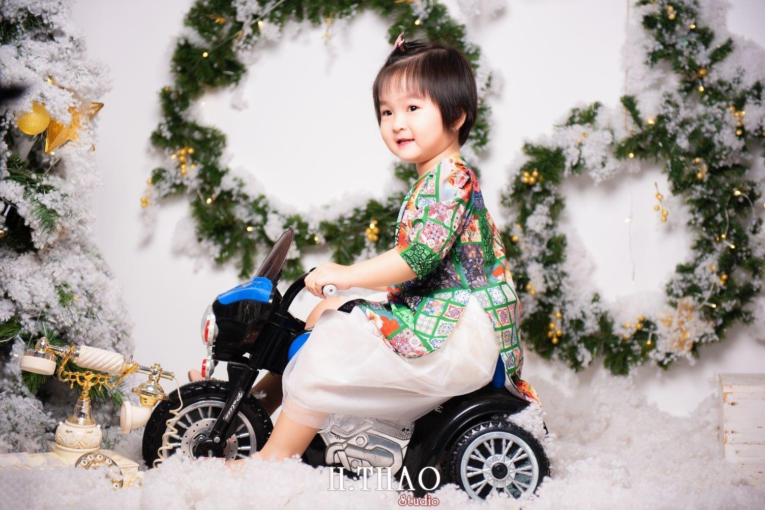Anh be noel 28 - Album ảnh noel chụp cho con gái cưng chị Linh - HThao Studio