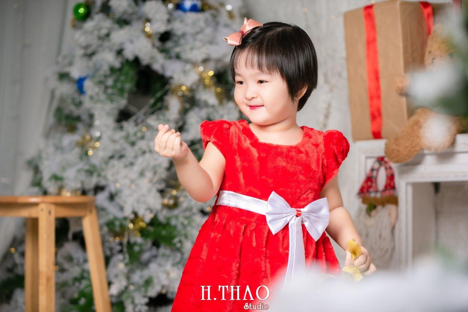 Anh be noel 3 - Album ảnh noel chụp cho con gái cưng chị Linh - HThao Studio