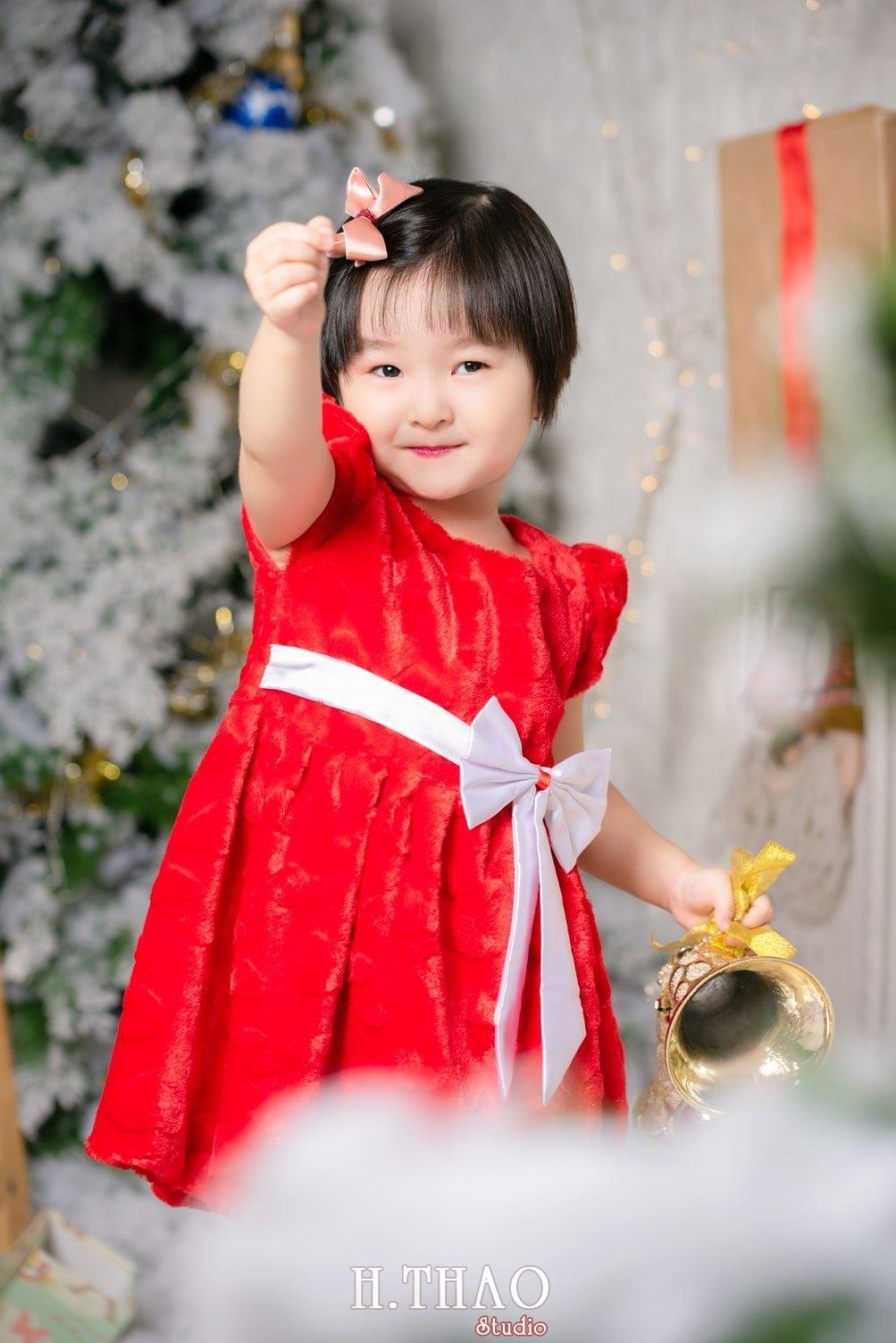 Anh be noel 4 - Album ảnh noel chụp cho con gái cưng chị Linh - HThao Studio