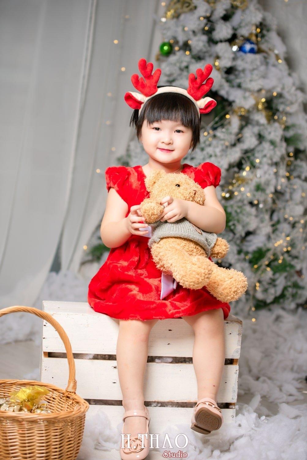 Anh be noel 6 - Album ảnh noel chụp cho con gái cưng chị Linh - HThao Studio