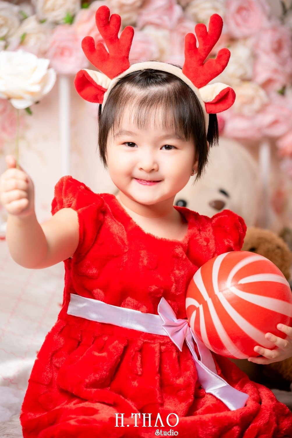 Anh be noel 7 - Album ảnh noel chụp cho con gái cưng chị Linh - HThao Studio