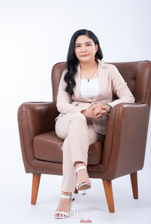 Anh doanh nhan nu dep 7 - Báo giá chụp ảnh doanh nhân