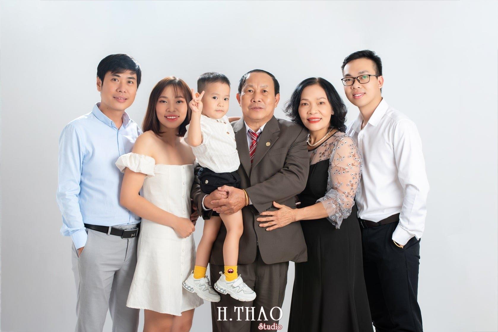 Anh gia dinh 1 - Báo giá chụp hình gia đình