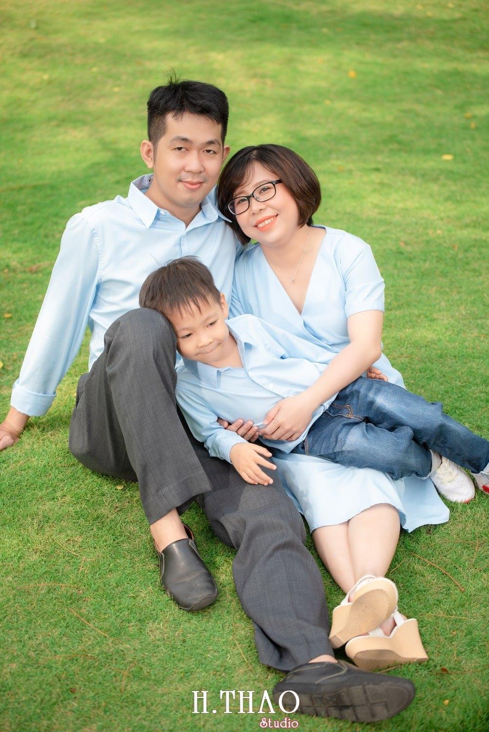 Anh gia dinh landmark 15 - Album ảnh gia đình chị Tâm chụp tại Vinhome Central Park
