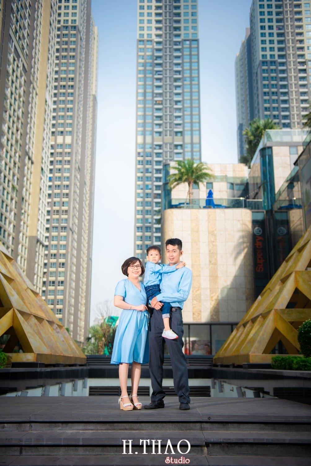 Ảnh gia đình ngoại cảnh Sài Gòn