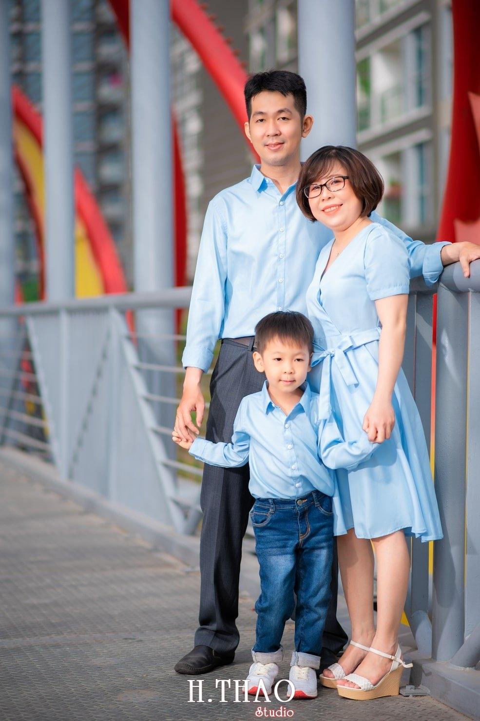 Anh gia dinh landmark 6 - Album ảnh gia đình chị Tâm chụp tại Vinhome Central Park