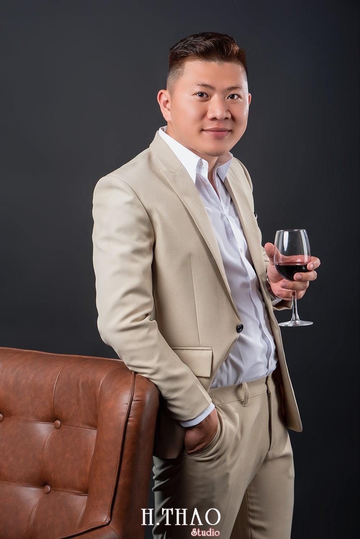 Anh profile 6 2 - 35 cách tạo dáng chụp ảnh nam ngầu chất ngất - HThao Studio