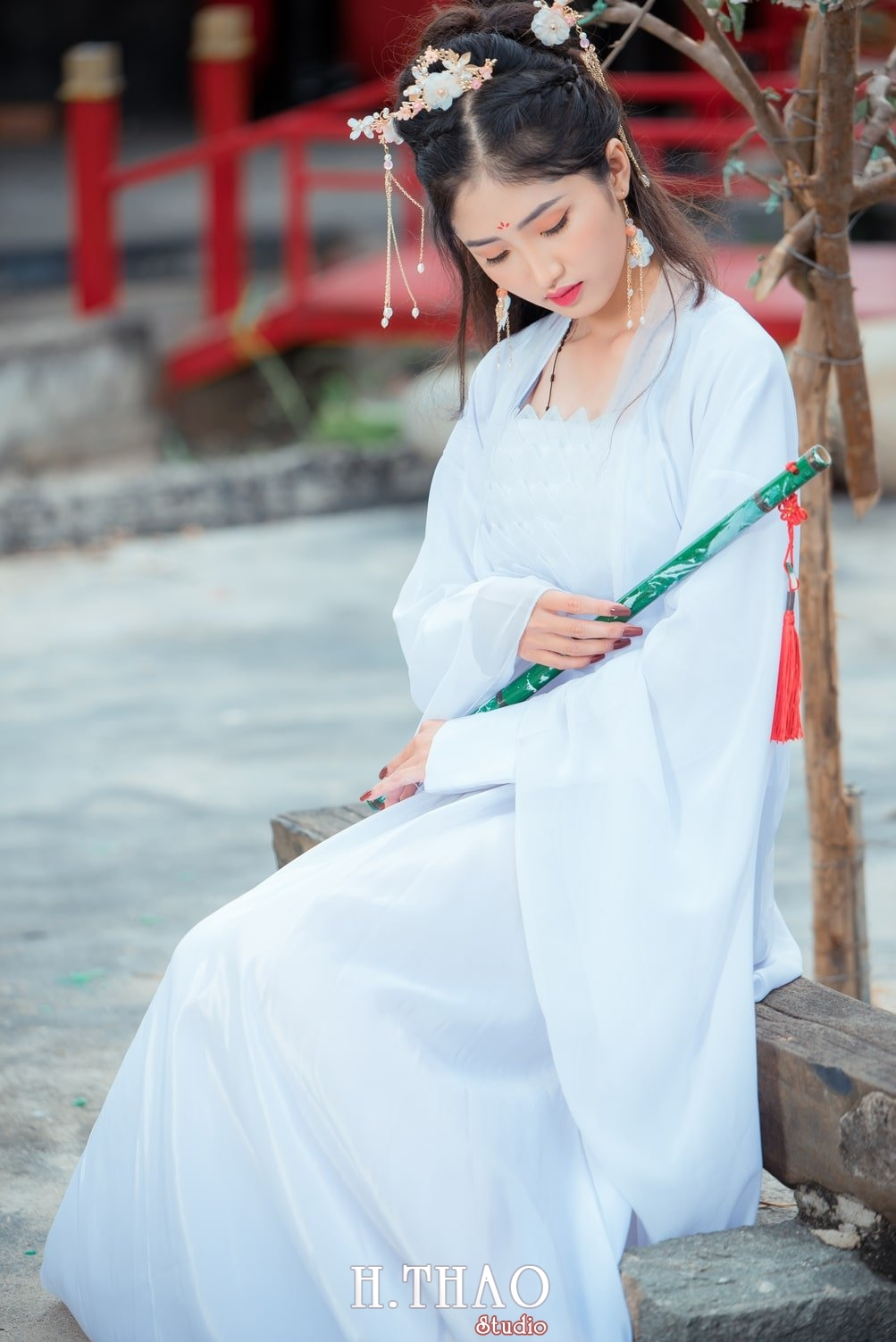 Anh tieu long nu 10 - Bộ ảnh cổ trang chụp theo concept tiểu long nữ nhẹ nhàng - HThao Studio