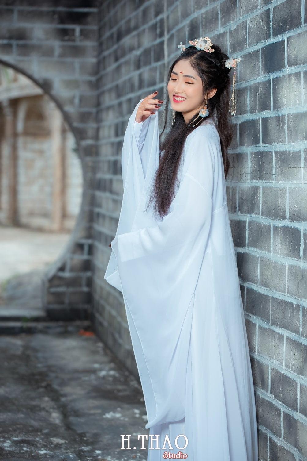 Anh tieu long nu 7 - Bộ ảnh cổ trang chụp theo concept tiểu long nữ nhẹ nhàng - HThao Studio