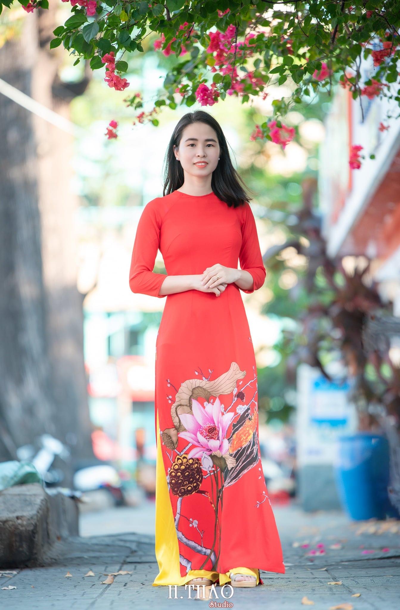 Ao dai 11 1 - Tổng hợp album ảnh áo dài chụp tại nhà thờ Đức Bà - HThao Studio