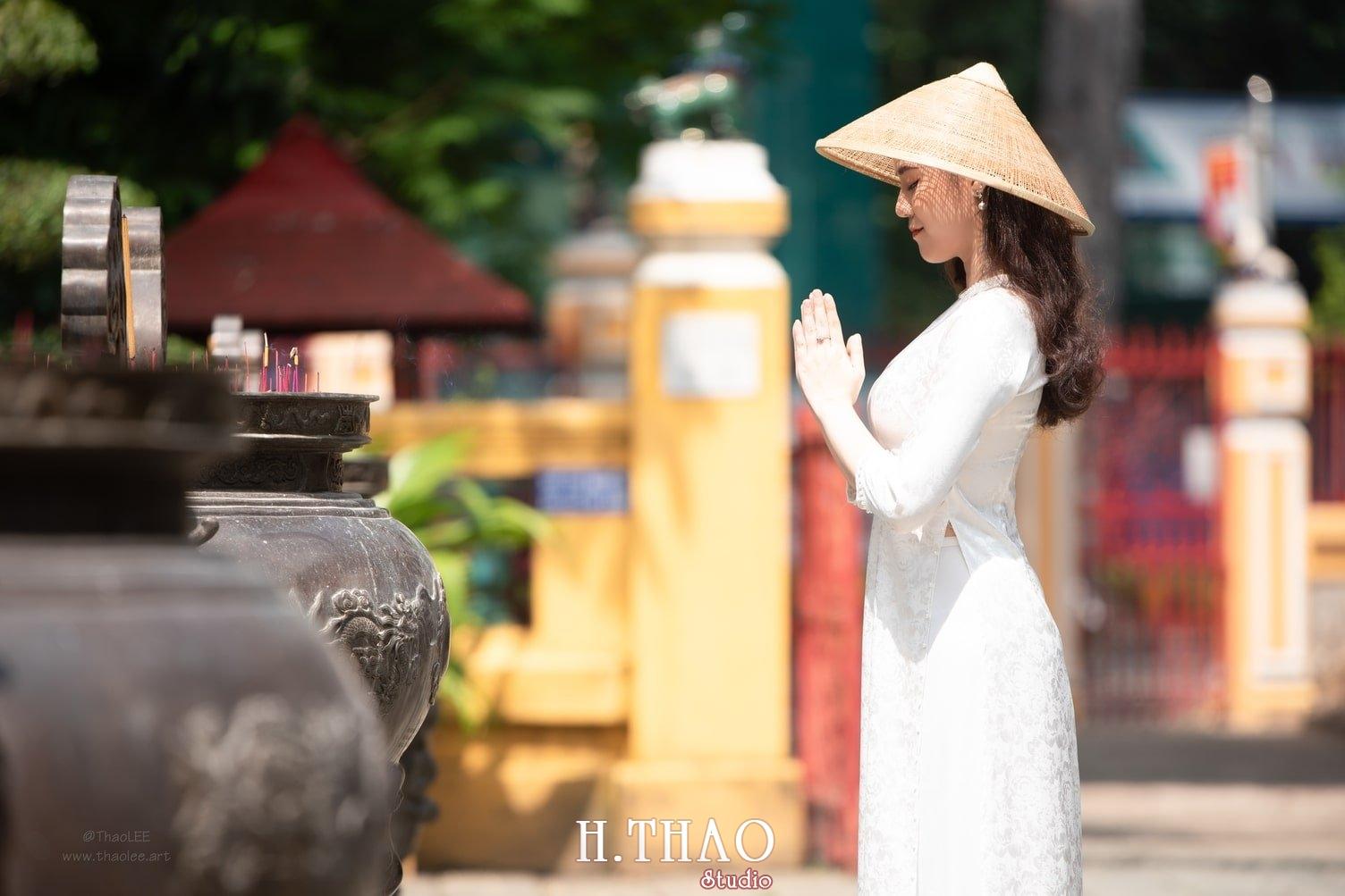 Ao dai Lang ong ba chieu 1 - Báo giá chụp ảnh nghệ thuật tại Tp.HCM