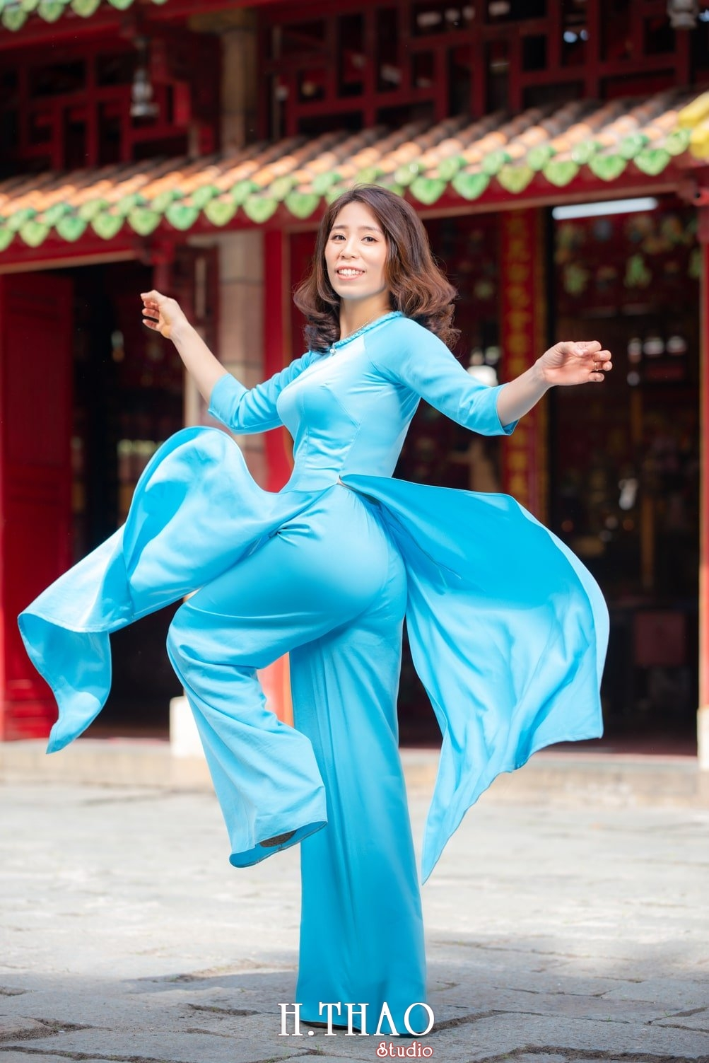 tung váy áo dài