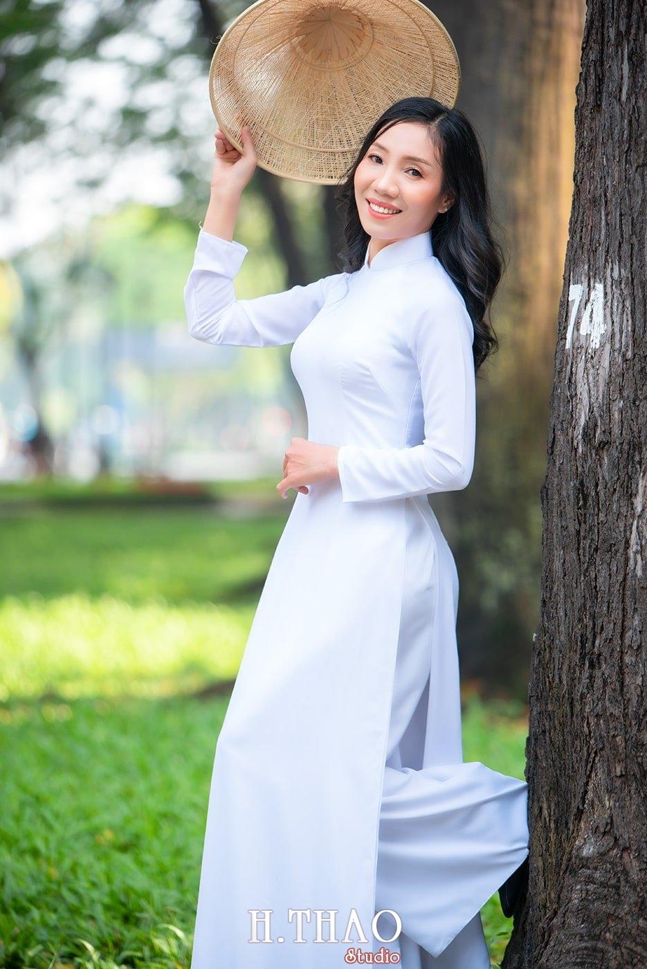 Ao dai nha tho duc ba 12 1 - Tổng hợp album ảnh áo dài chụp tại nhà thờ Đức Bà - HThao Studio