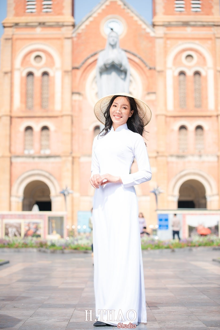 Ao dai nha tho duc ba 19 - Tổng hợp album ảnh áo dài chụp tại nhà thờ Đức Bà - HThao Studio